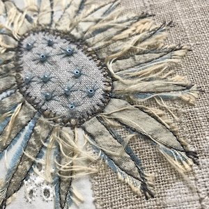 More Top tips for Machine Embroidery- stitching a sunflower